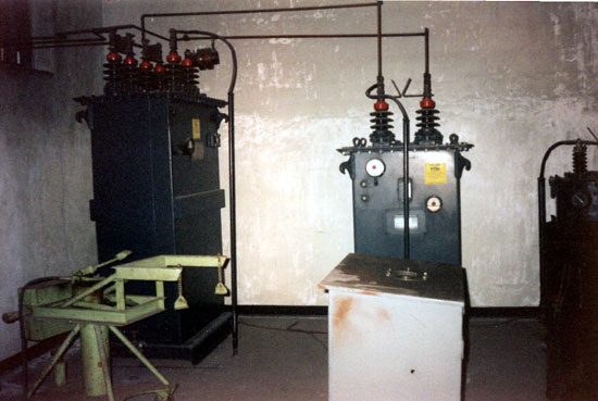 Modulation transformer and modulation reactor