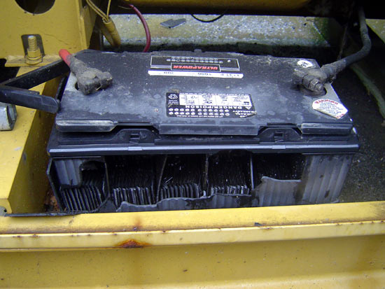 850 CCA battery exploded during generator startup