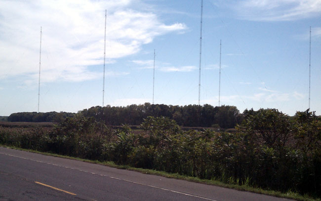 WGDJ AM transmitter site