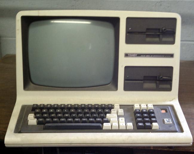 Tandy TRS-80 Model 4D computer