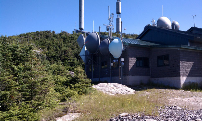 Mount Mansfield STL antennas