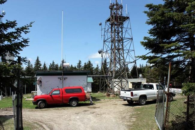 WVTQ transmitter site, Mount Equinox, Vermont