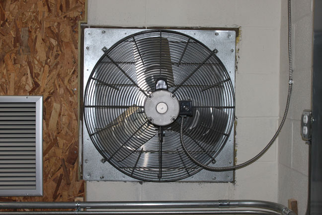 3200 CFM cooling fan, WHUD transmitter site