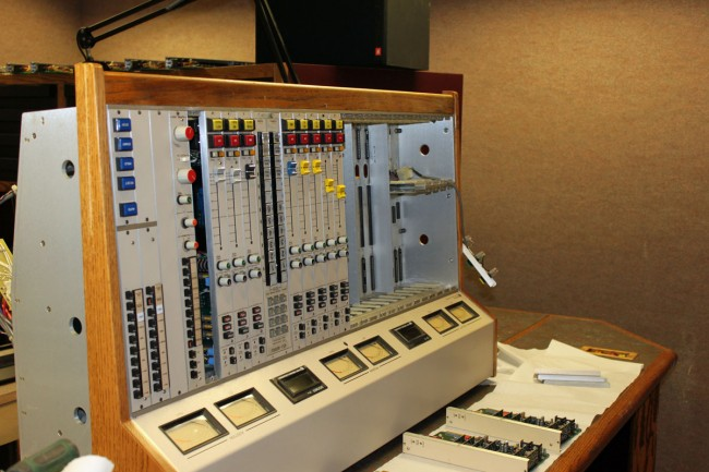 Pacific Recorders BMX III console, draining