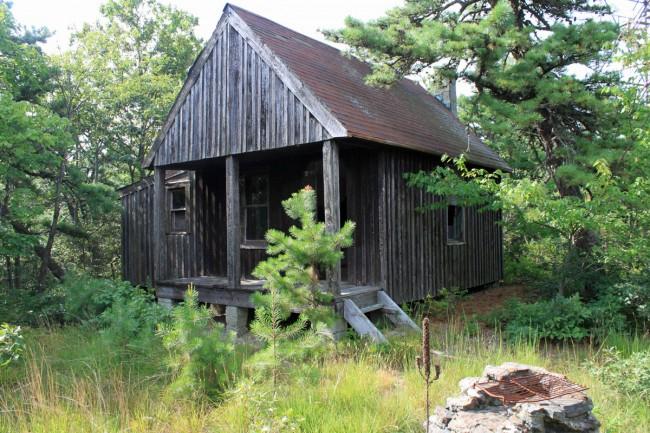 Clove Mountain Ranger cabin