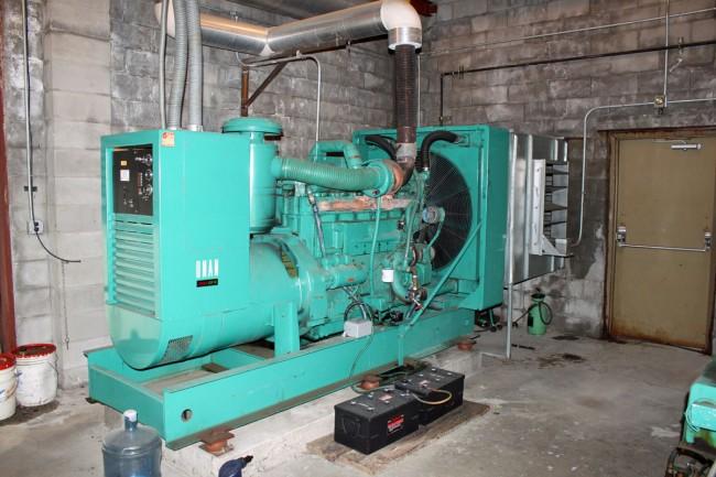 Former WMHT Onan DFN 350 backup generator