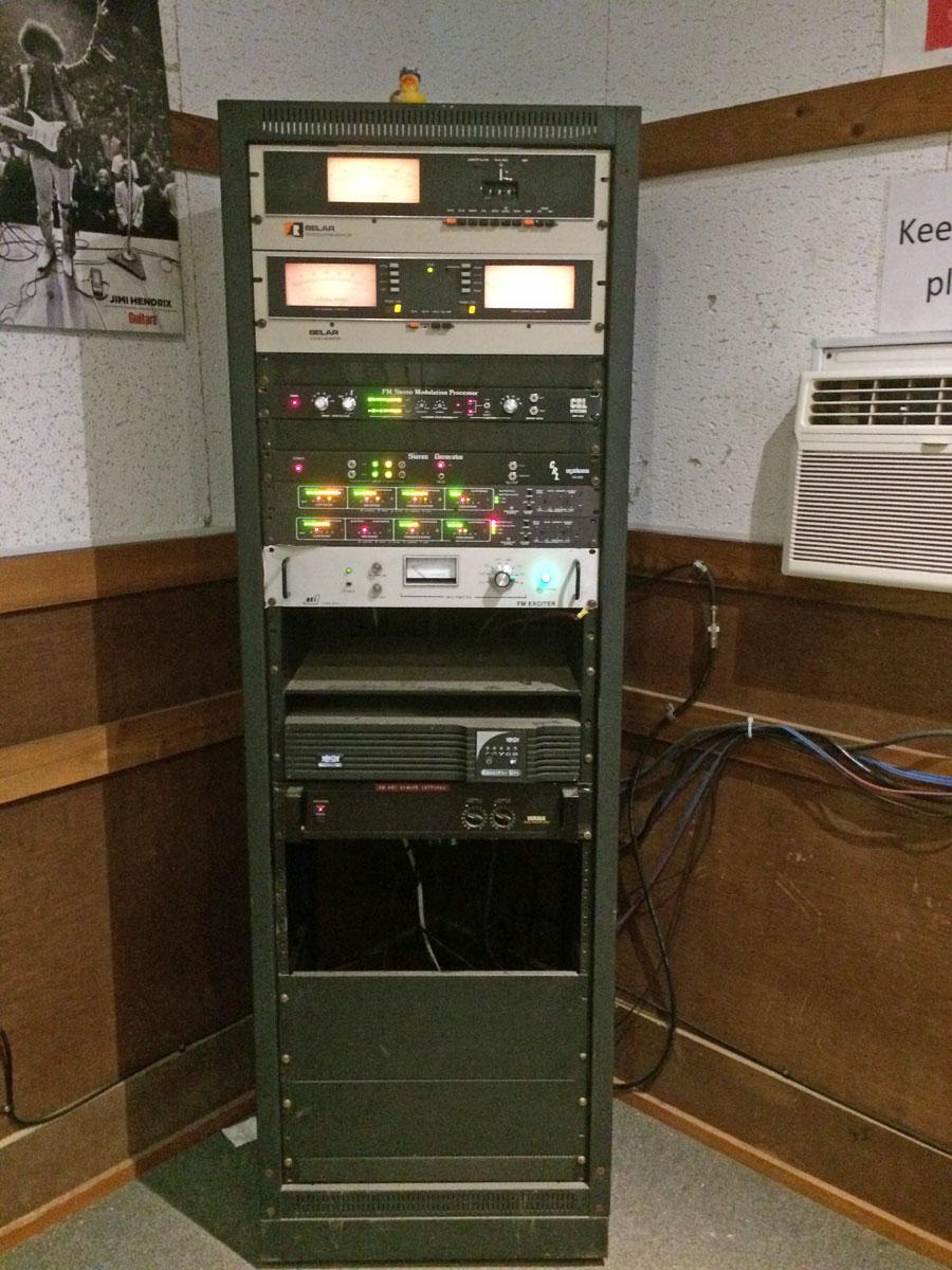 camp-radio-station