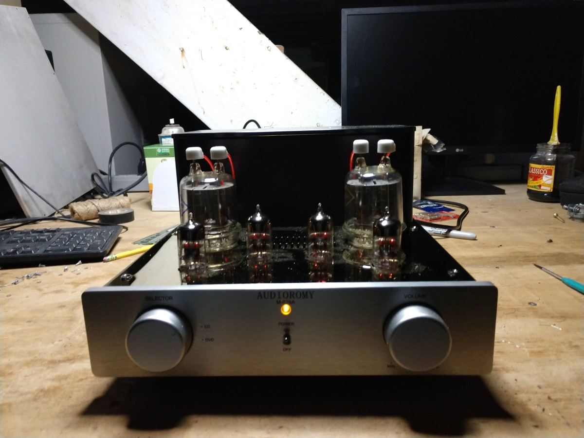 Audioromy M828A on the bench