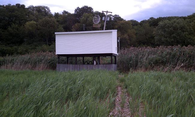 Back of WGDJ transmitter building