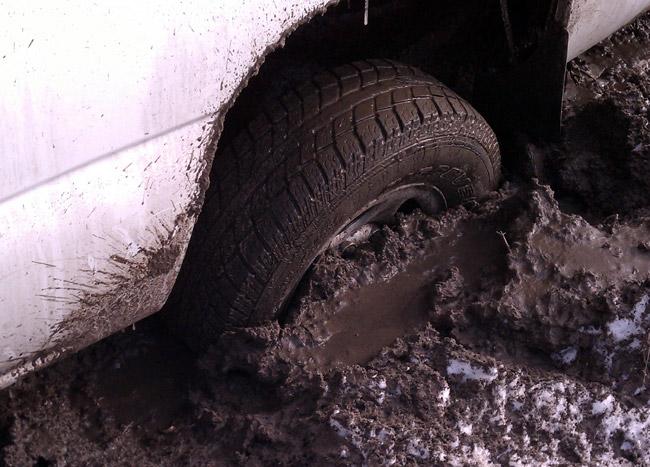 Truck rear burried to axle