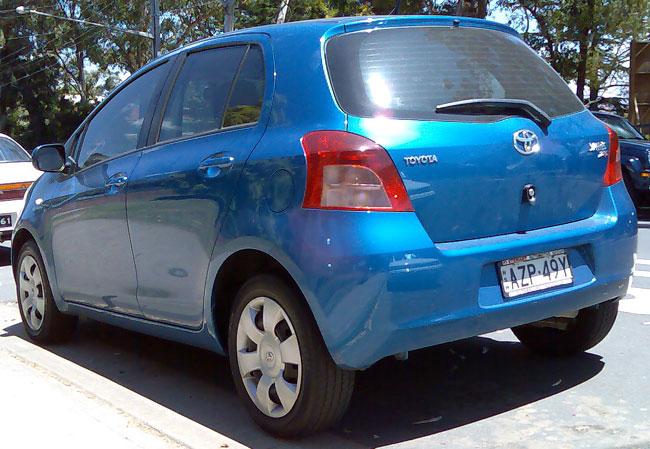 Toyota Yaris 5 door hatchback, courtesy of wikimedia commons