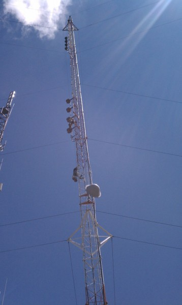 Tower workers on 320 foot guyed tower