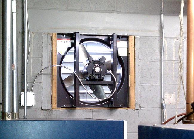 Transmitter site emergency cooling fan