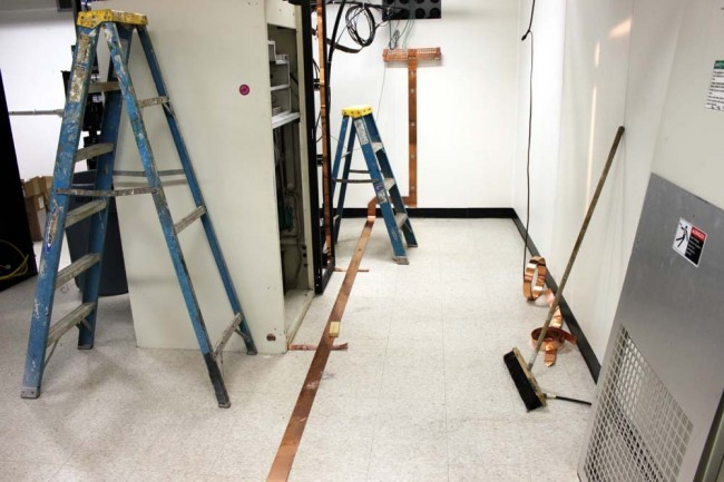 Grounding strap, FM transmitter site