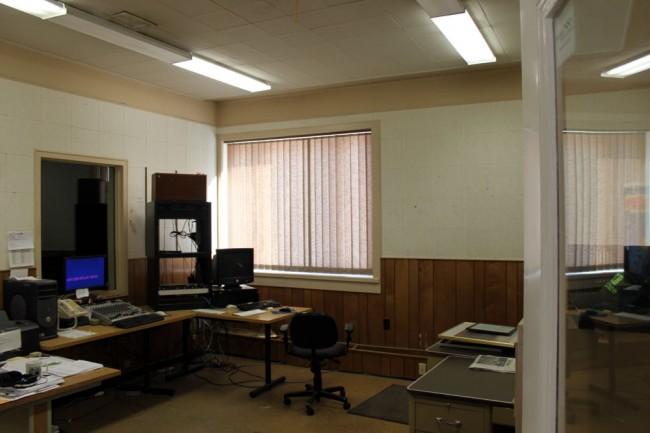 WNAW news room, formerly the performance studio