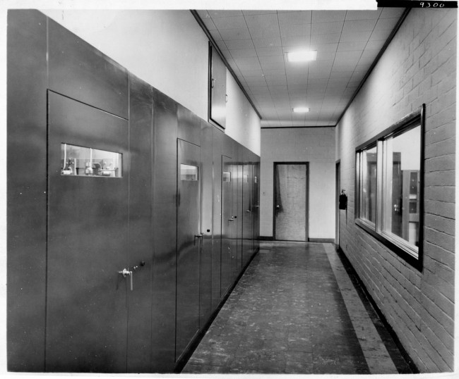 Mystery AM transmitter site, back hallway of GE BT-25.  Plate 9300