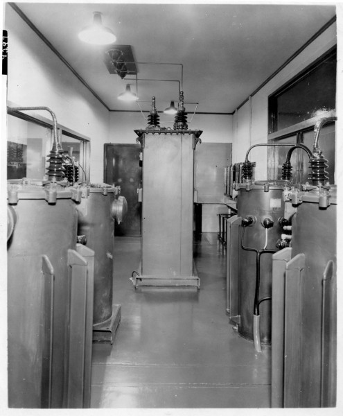 BT-25 modulation transformer.  Plate 9299