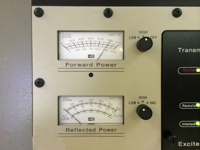 Broadcast Electronics AM5E output forward and reflected power meters