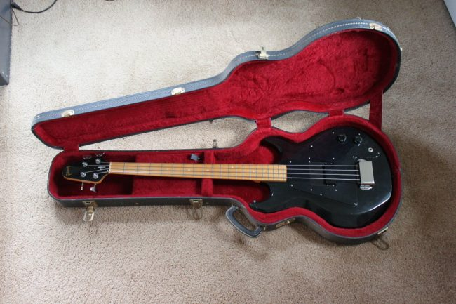 1978 Gibson Grabber Bass Guitar with original hard road case
